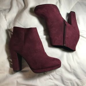 New Look Faux suede heel booties maroon